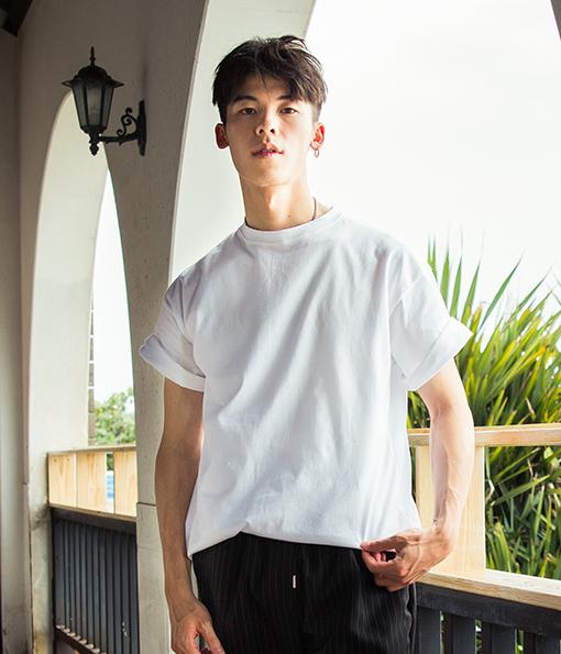 韓國簡約素面剪裁短袖上衣 (現貨+預購)