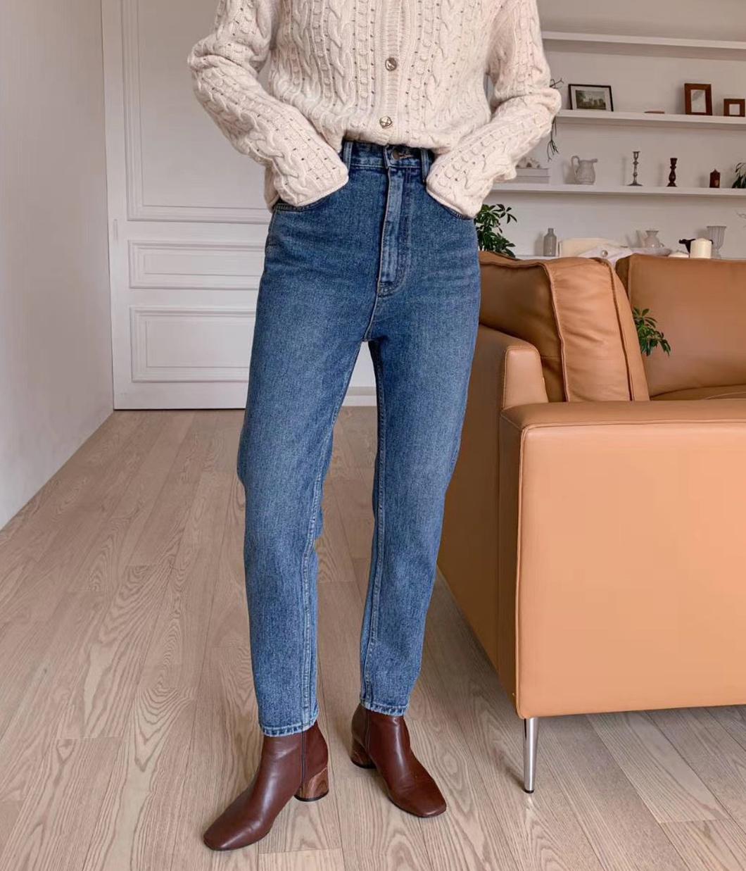 率性刷色顯瘦牛仔褲