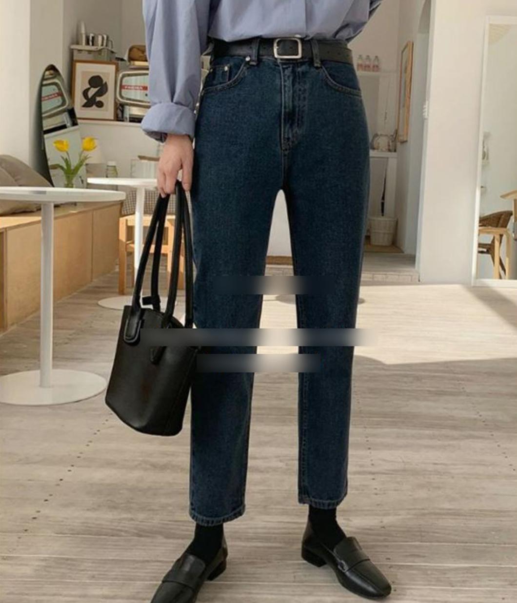 顯瘦深刷色小直筒牛仔褲