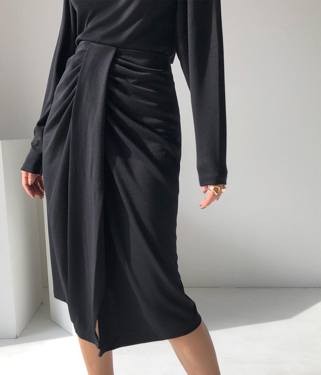 極簡俐落腰扭結窄裙