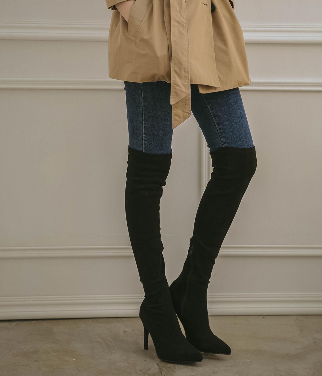 美腿剪裁高跟尖頭膝上靴