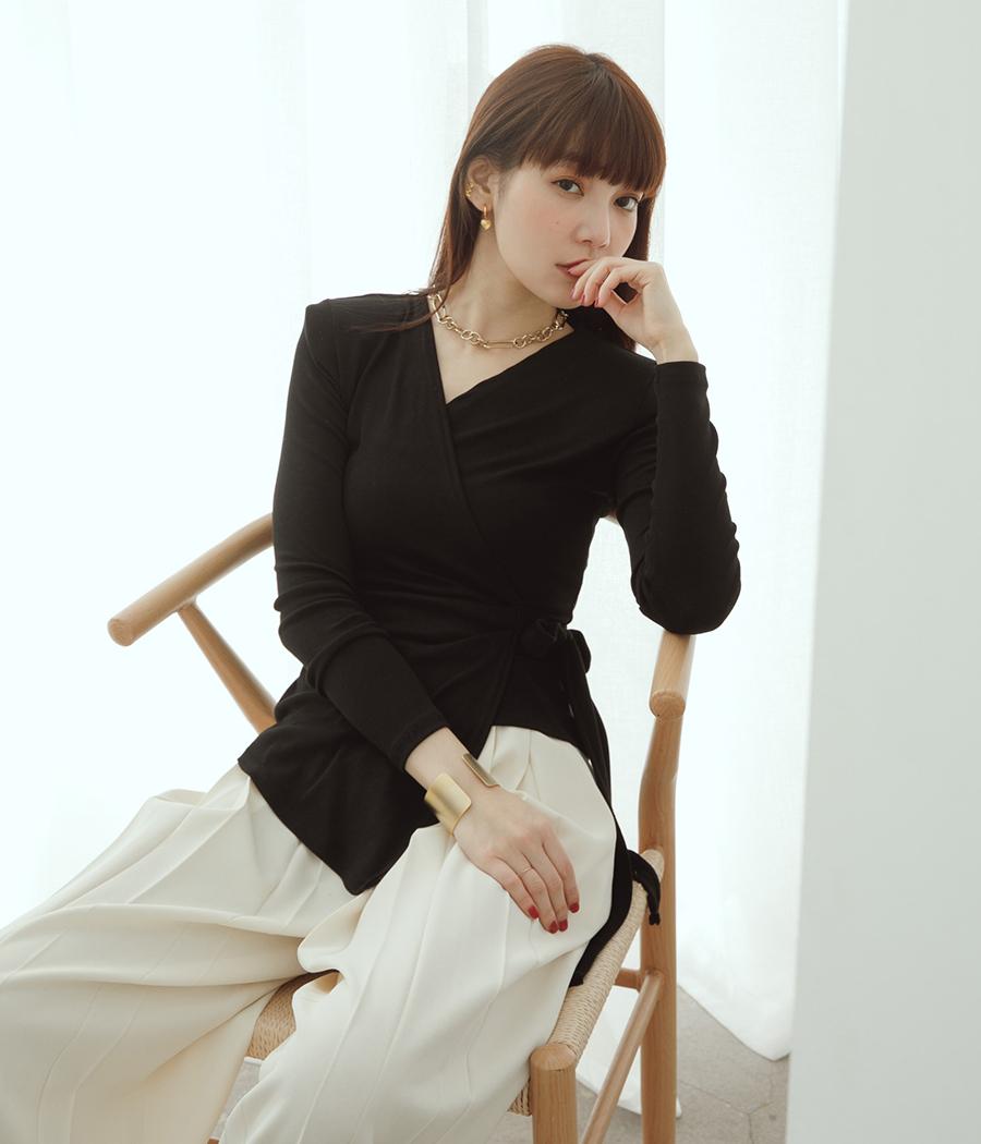 4.簡約交疊綁帶長袖上衣