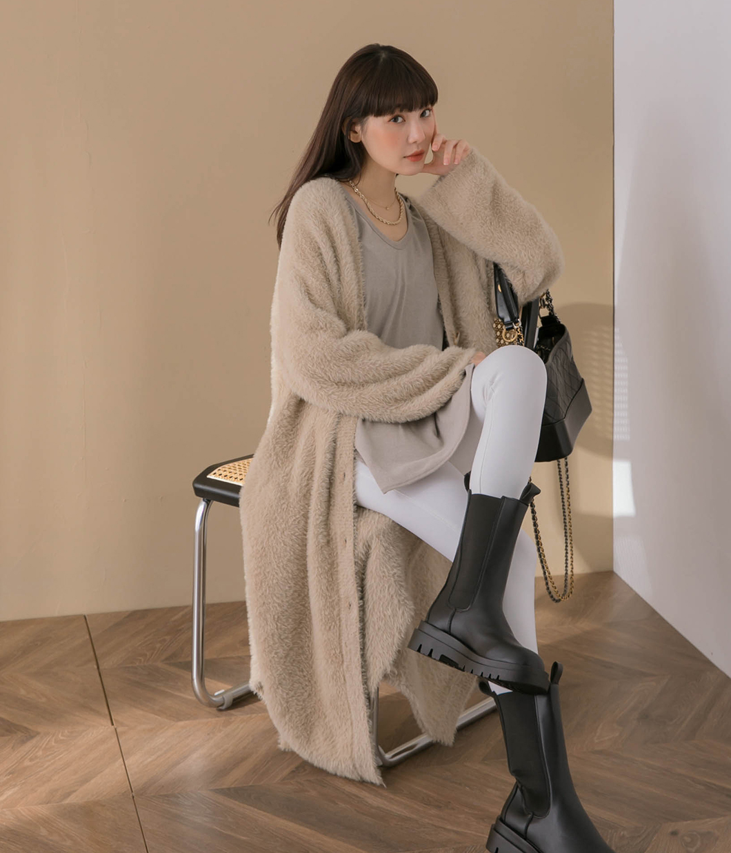 暖冬必備排釦長版毛毛外套