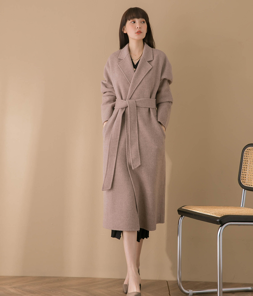 淡雅色調壓線設計90%羊毛大衣(附綁帶)