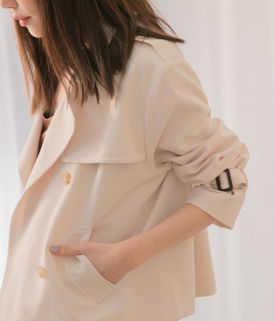 91.經典版型雙排扣短版風衣外套