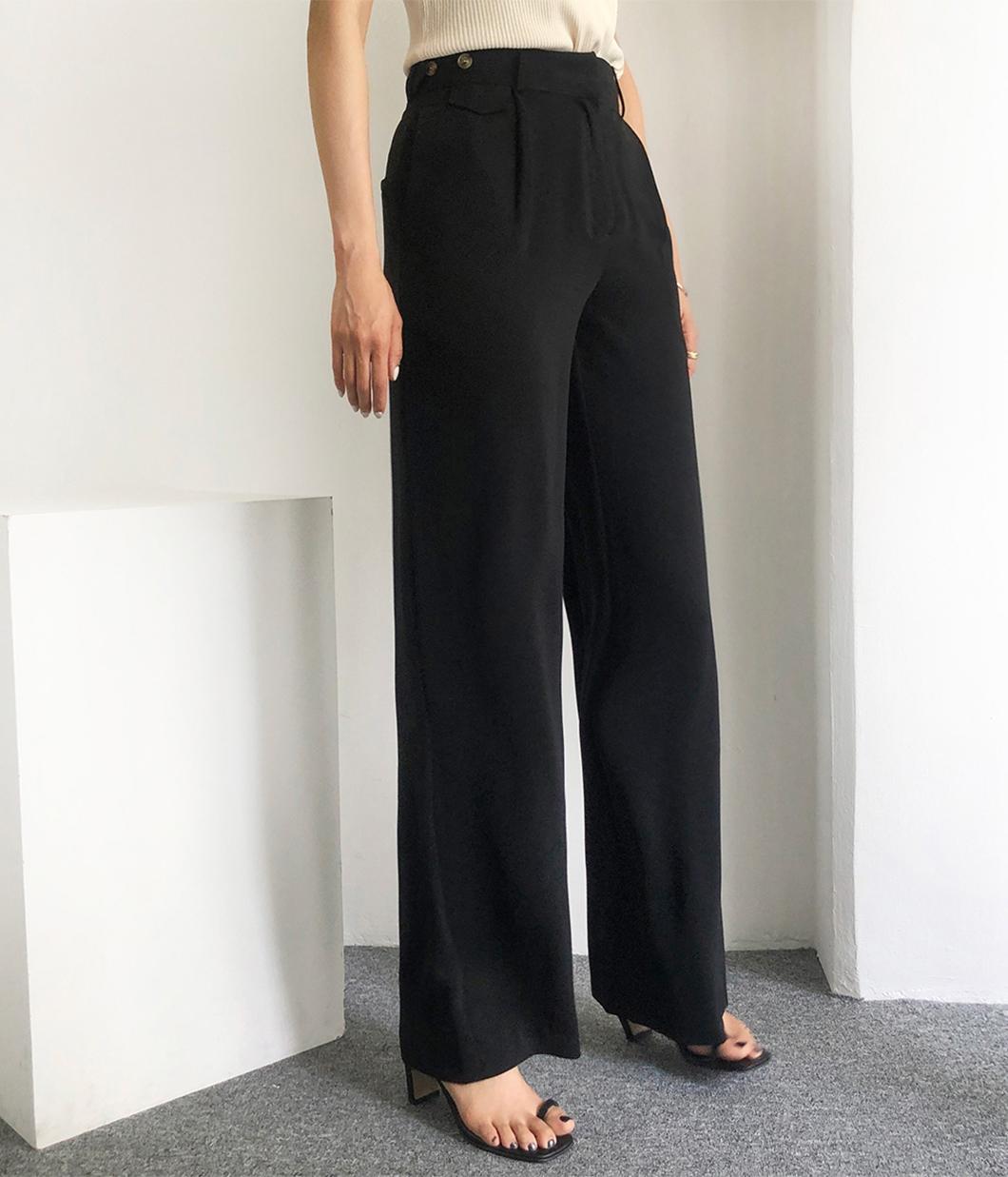 8.俐落感側扣設計落地長褲