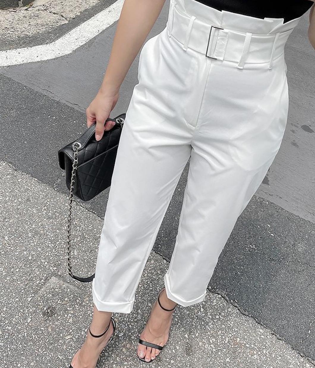 9.必需要有腰頭很美的直筒白褲
