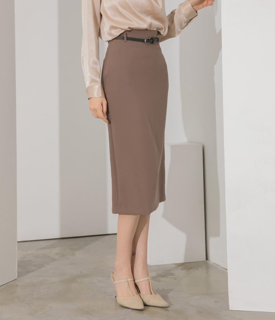 淡雅色調素色鉛筆裙(附腰帶)