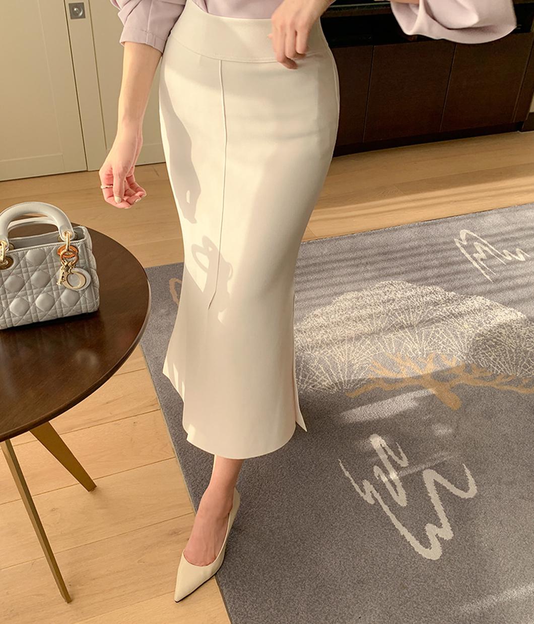完美曲線開岔包臀裙