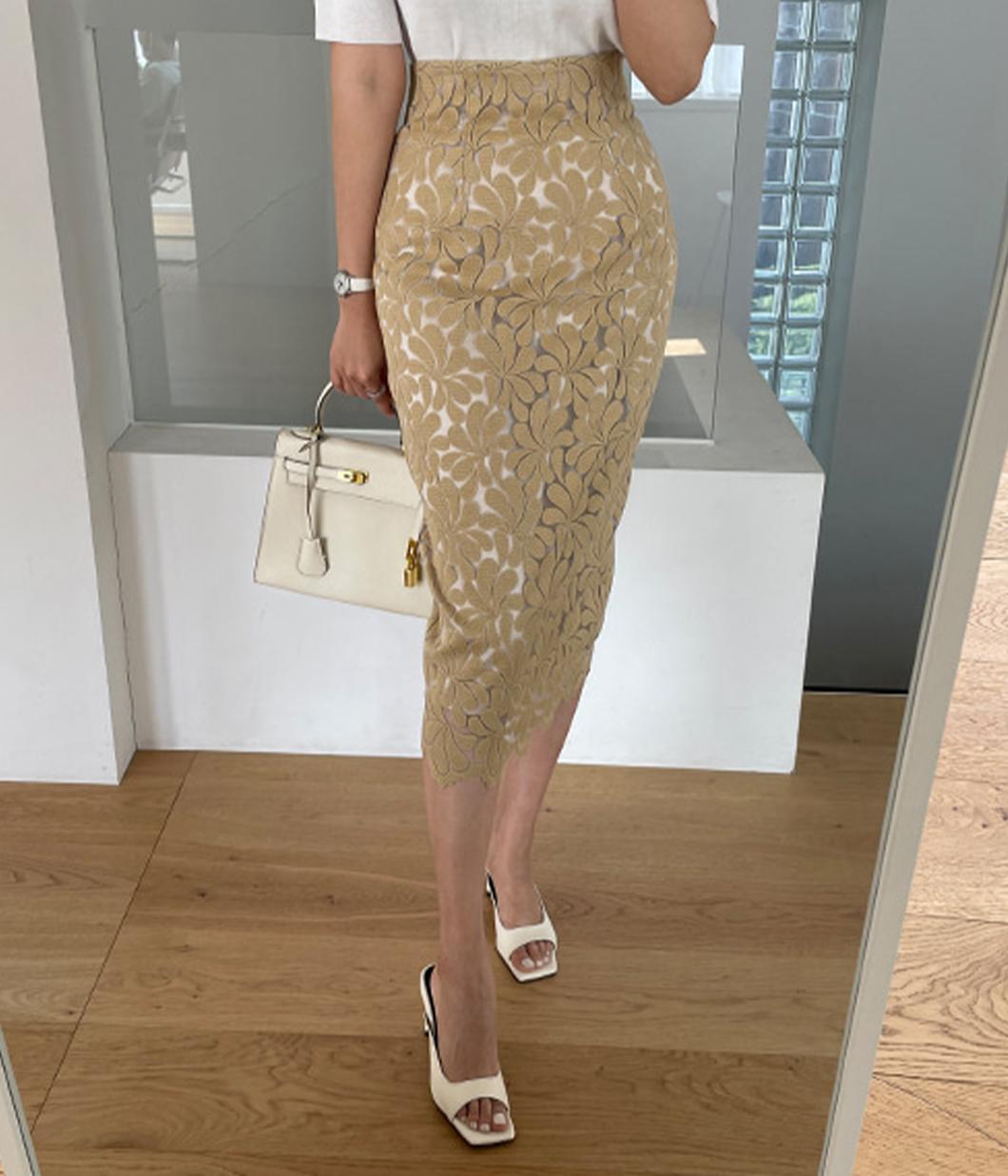 24.溫柔花樣蕾絲窄裙