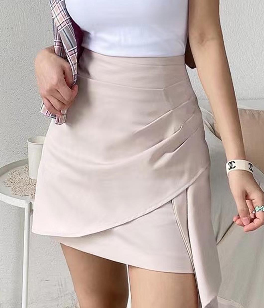 側抓摺設計瘦瘦裙