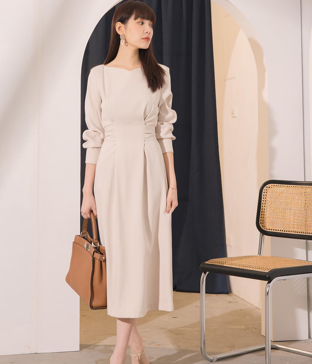 26.迷人桃型領腰部綁帶洋裝