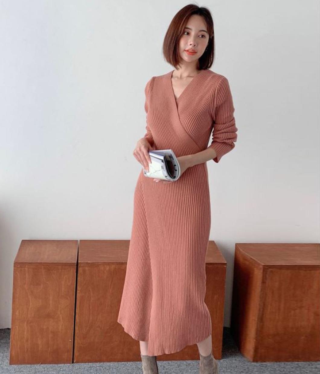 55.亮眼交疊設計針織洋裝