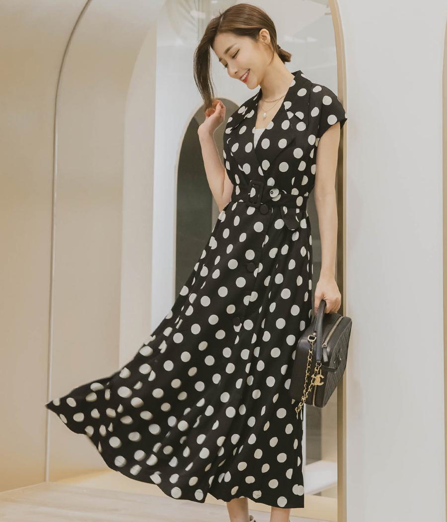 人見人愛的法式優雅點點洋裝