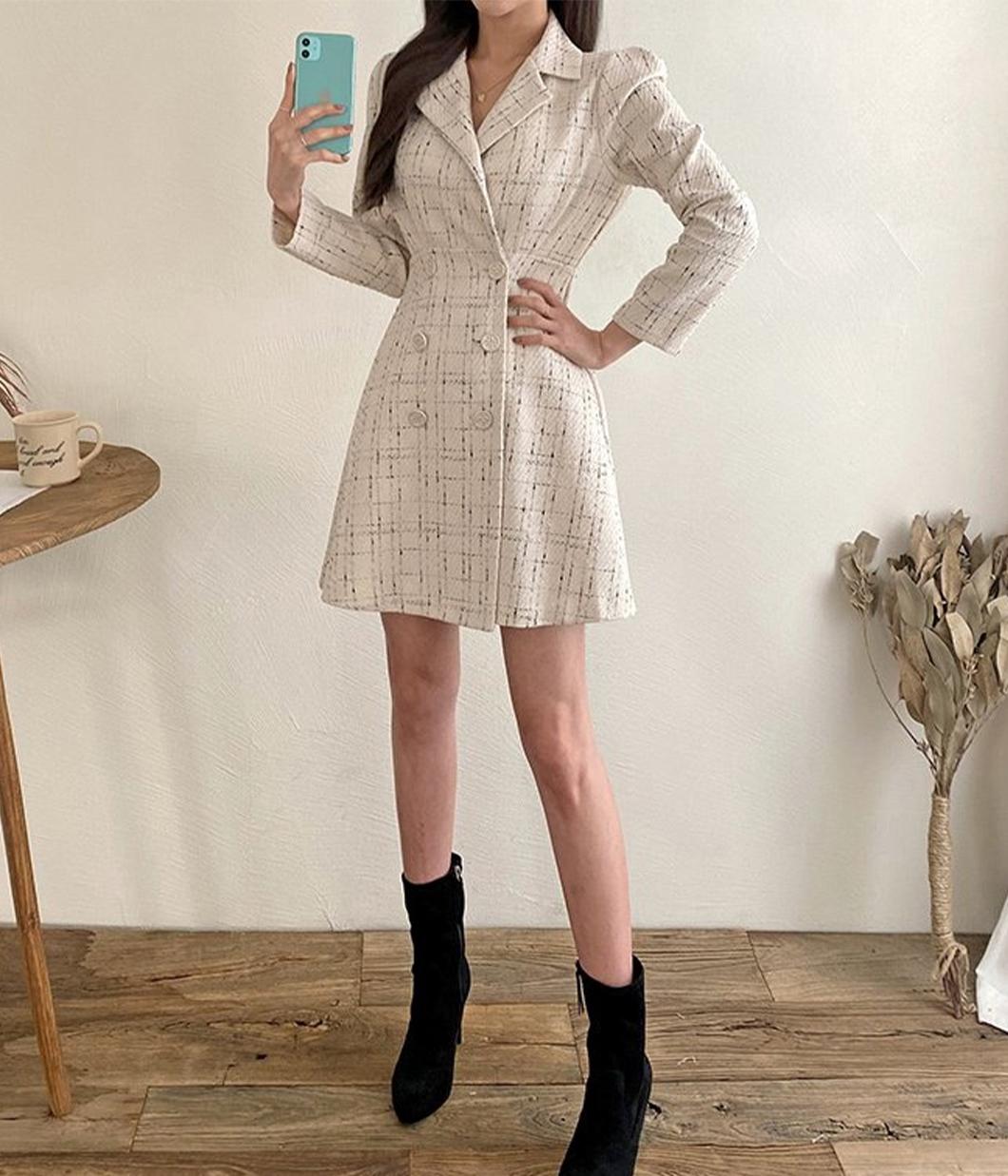 13.韓國歐膩的雙排扣毛尼洋裝